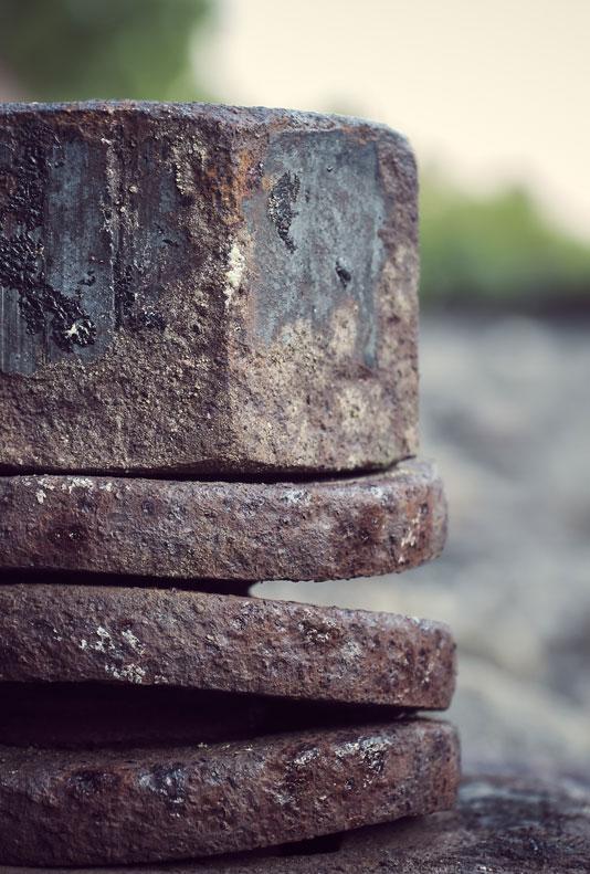 studio della corrosione dei metalli