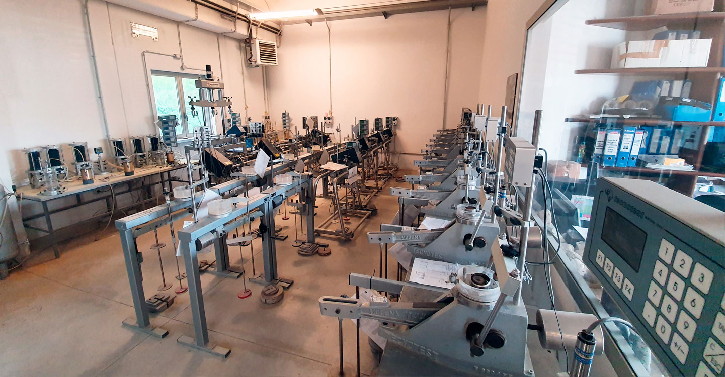 laboratorio geotecnico
